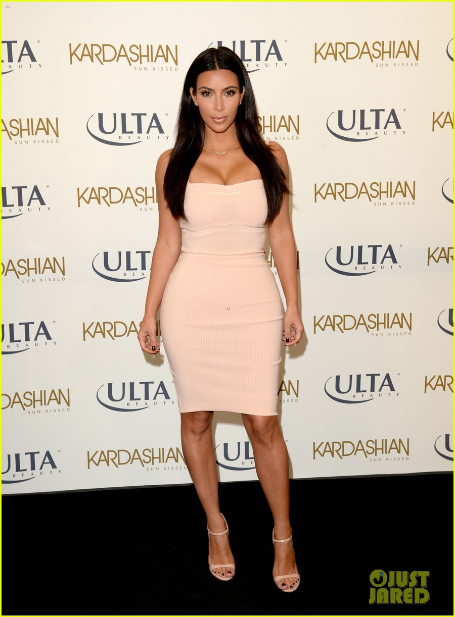 kim kardashian feels younger because of her dermatologist 183171923