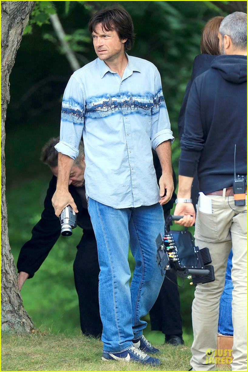 nicole kidman jason bateman wrap up week on family fang set 15