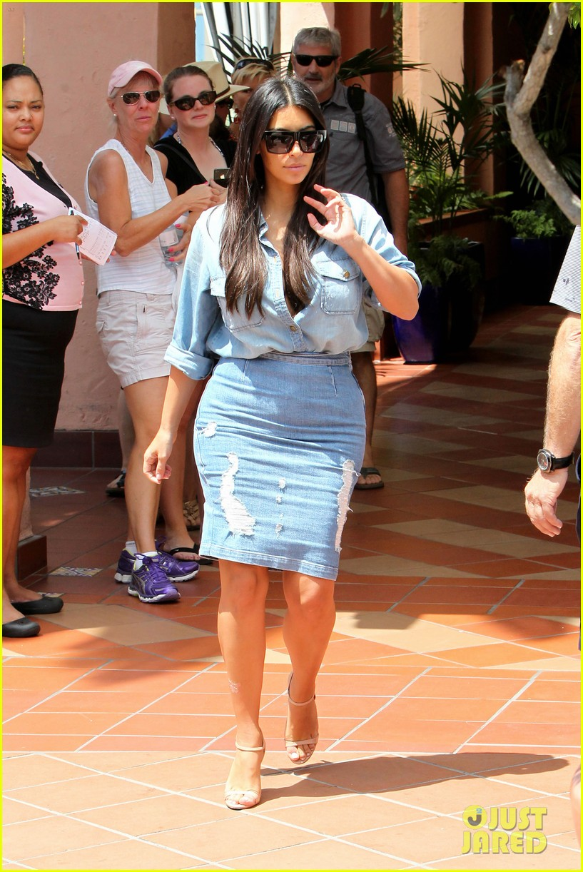 kim kardashian does double denim lots of cleavage on family outing 023181025