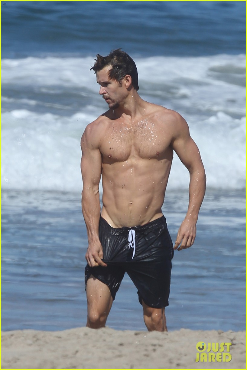 Zac efron beach body