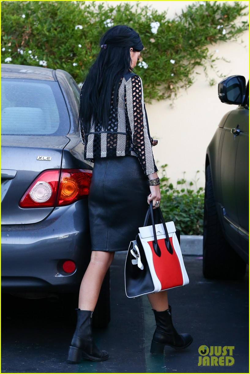 kylie kendall jenner madden girl bts video 24