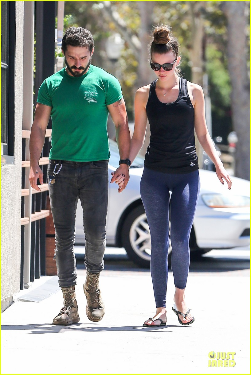 shia labeouf mia goth enjoy lunch date at granville 083181065