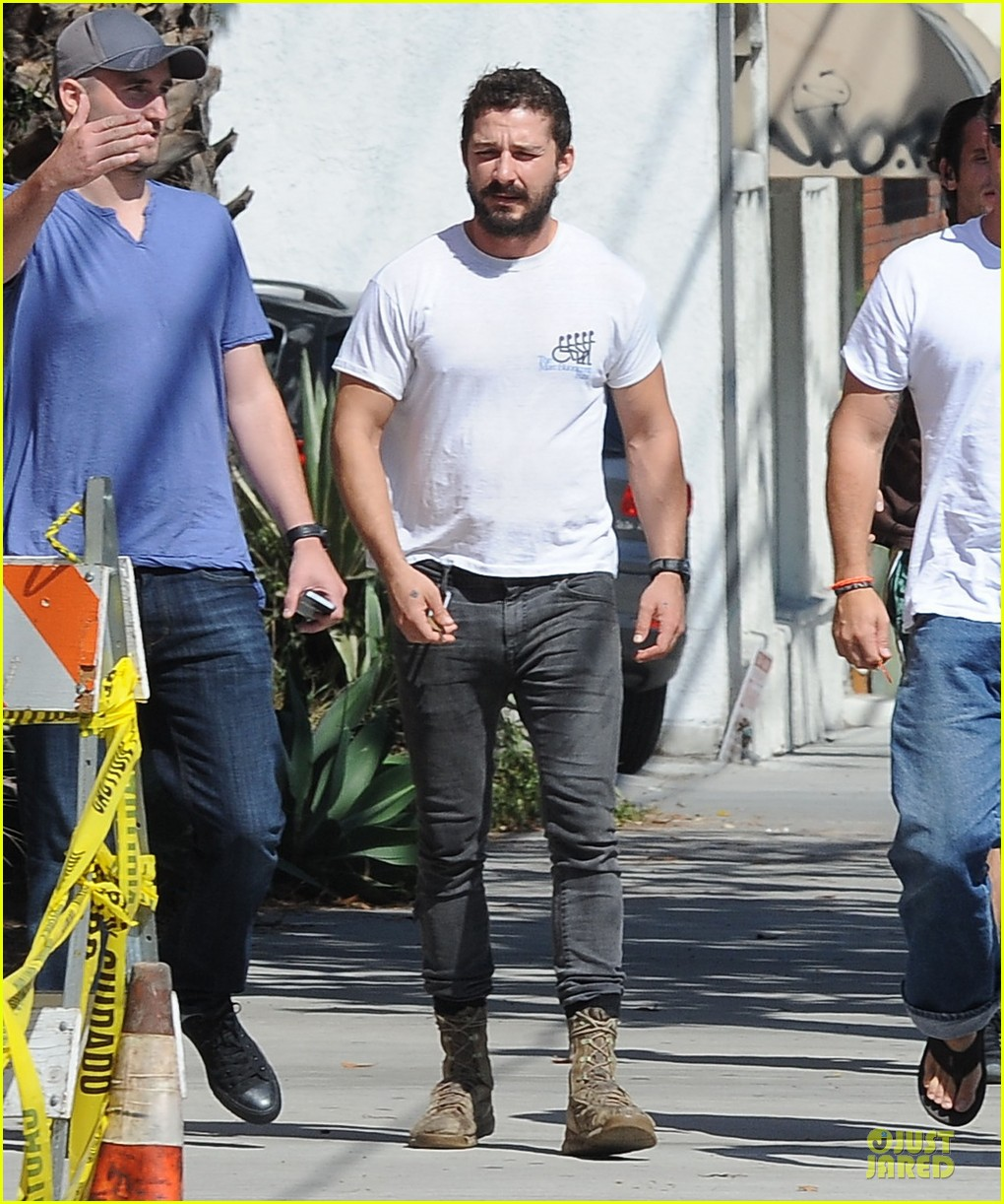 shia labeouf mia goth enjoy lunch date at granville 153181072