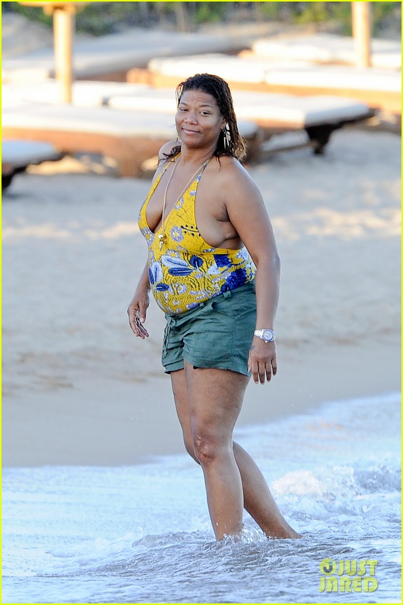 queen latifah shares kiss with girlfriend during romantic italian vaca 17