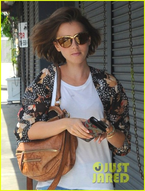 lily collins so proud of her mom store 053184574
