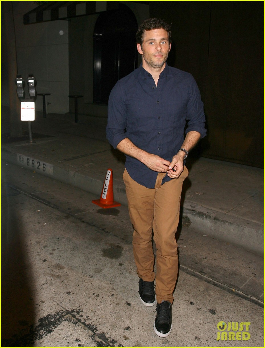 james marsden not dating lizzy caplan 013186029