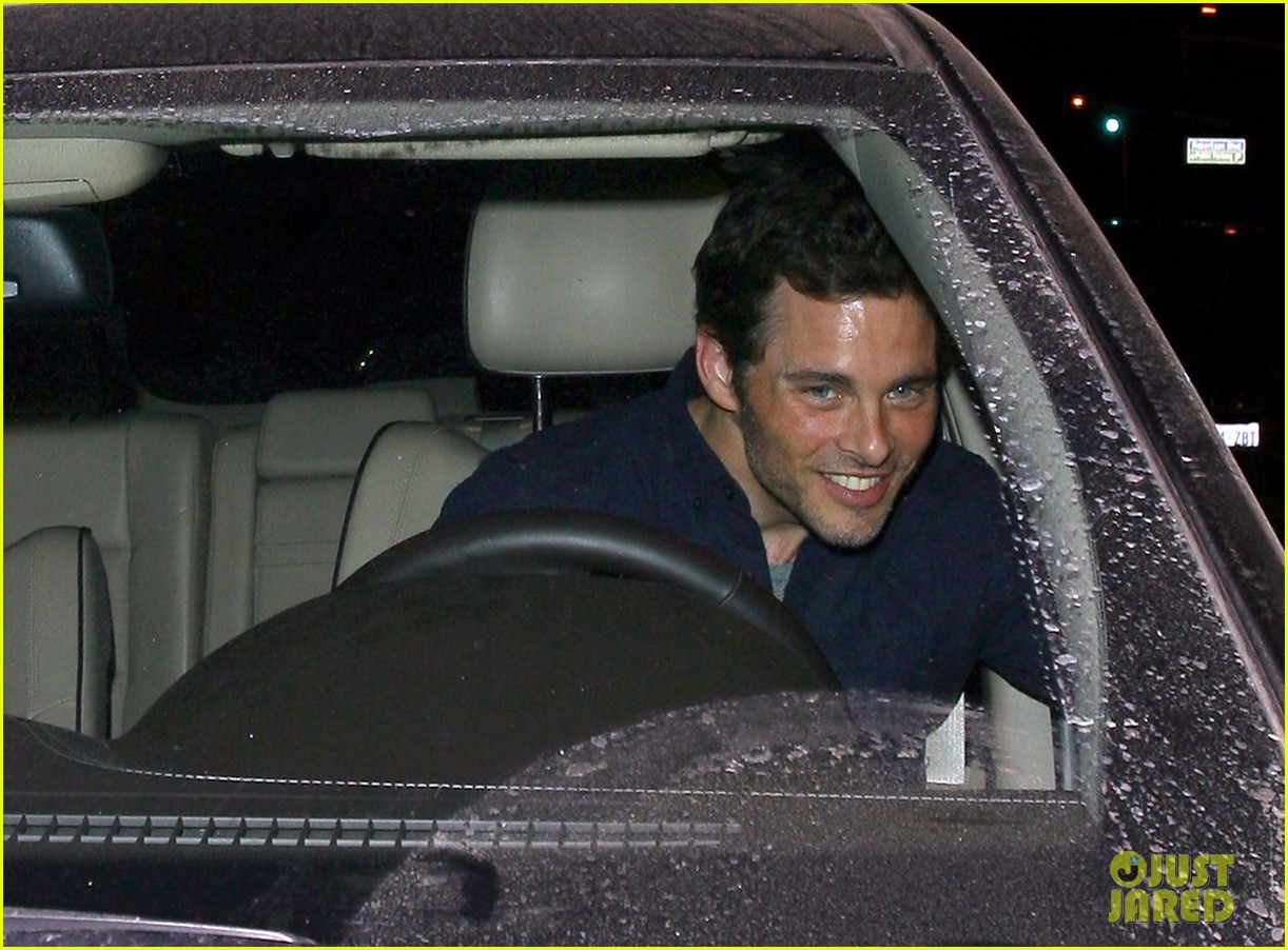 james marsden not dating lizzy caplan 073186035