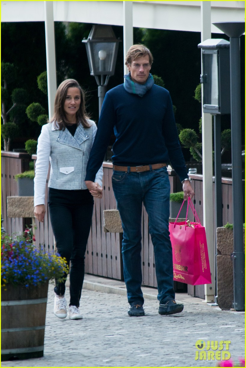 pippa middleton nico jackson enjoy romantic weekend holiday 05