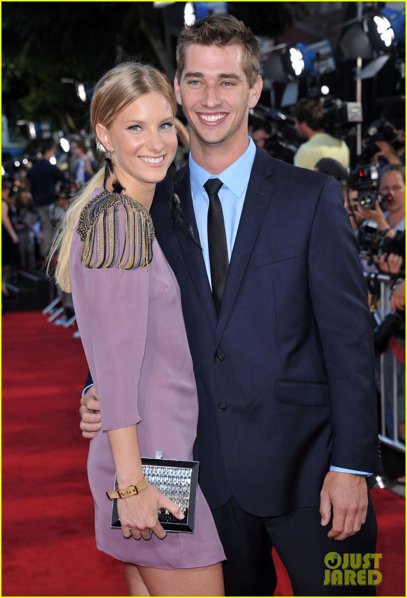 heather morris engaged to taylor hubbell 10