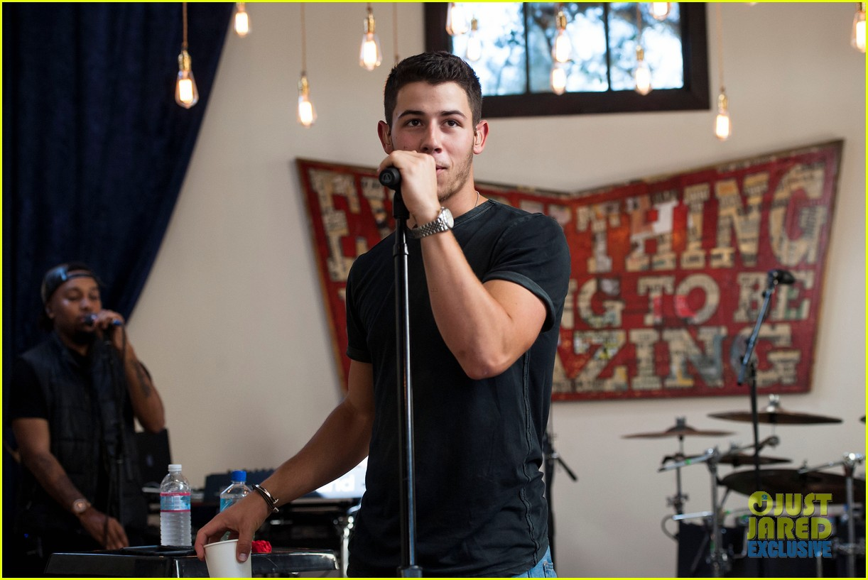 nick jonas reveals new album title 063181187
