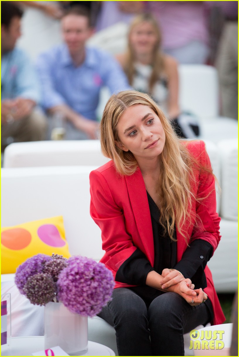 mary kate ashley olsen party pink hamptons 01