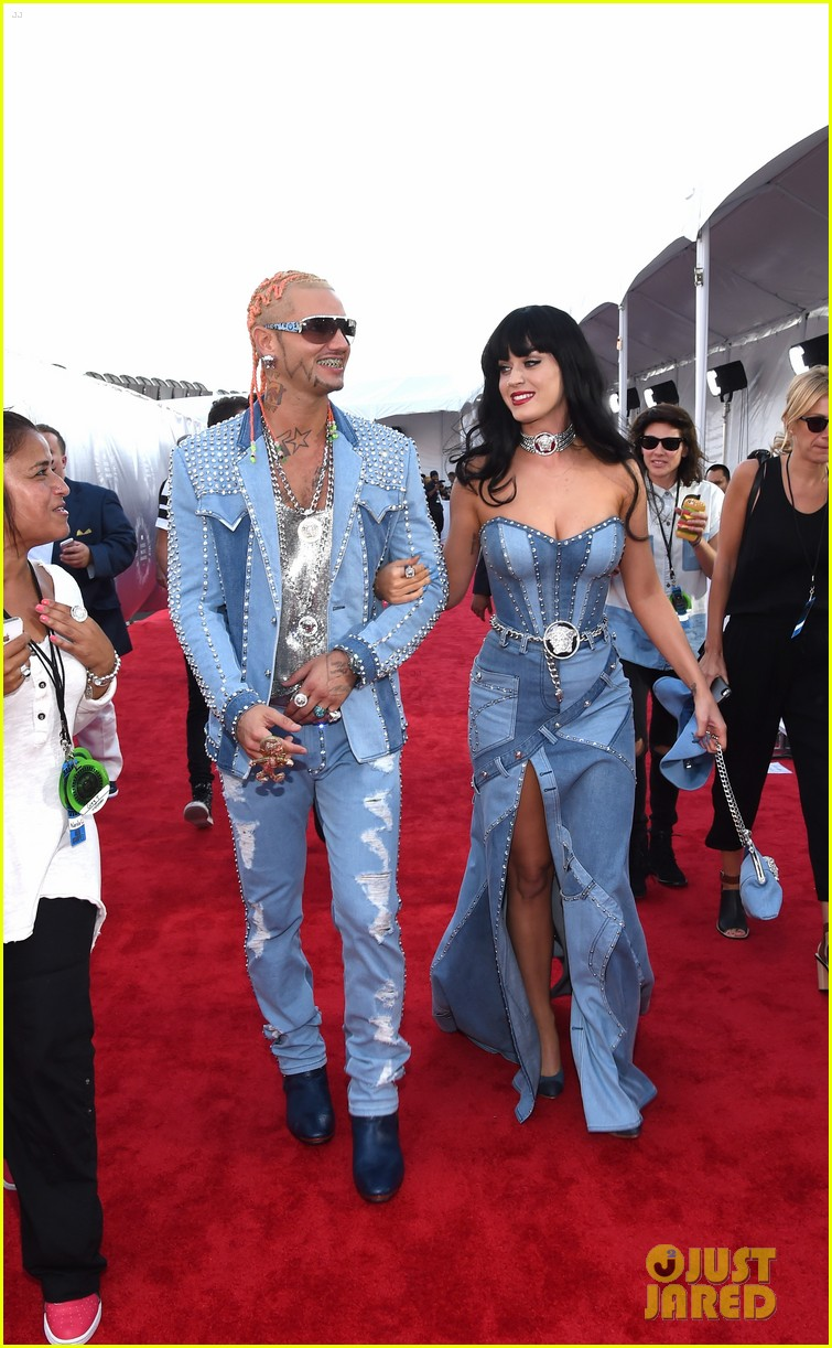 katy perry jean dress mtv vmas 2014 013182440