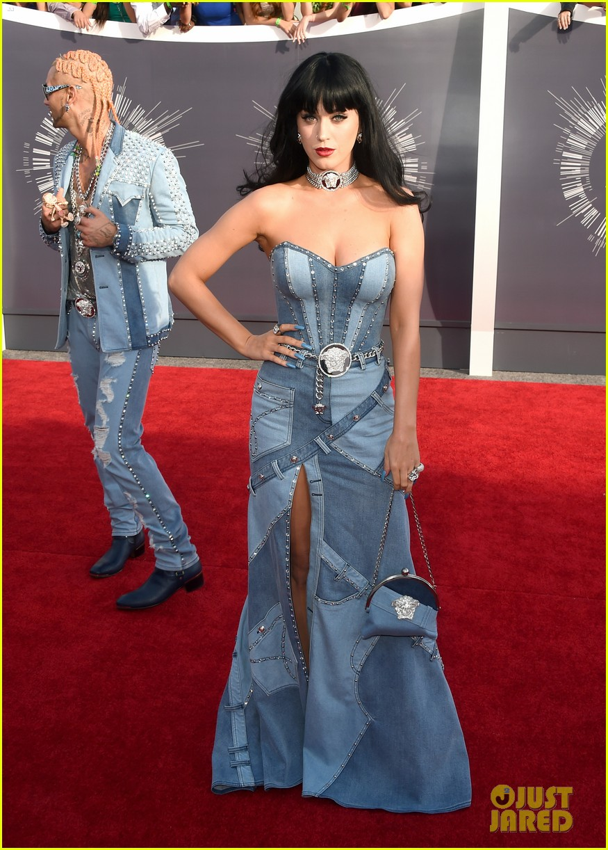 katy perry jean dress mtv vmas 2014 053182444