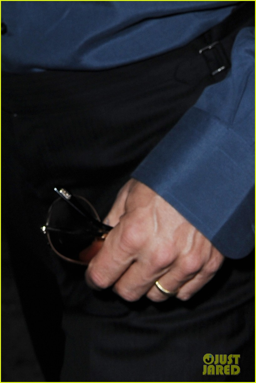 brad pitt suits up shows off wedding ring 113186901