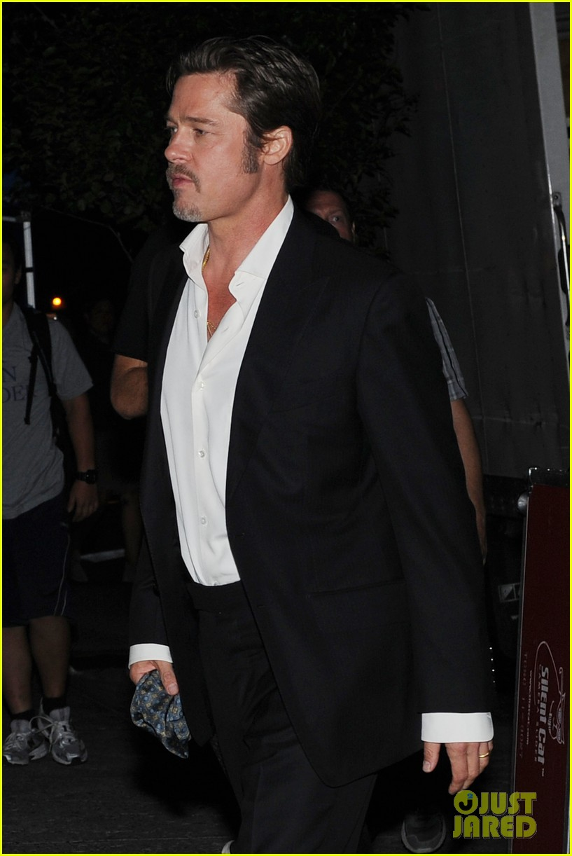 brad pitt suits up shows off wedding ring 12