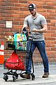 chris pratt steps out after guardians of the galaxys amazing box office weekend 05