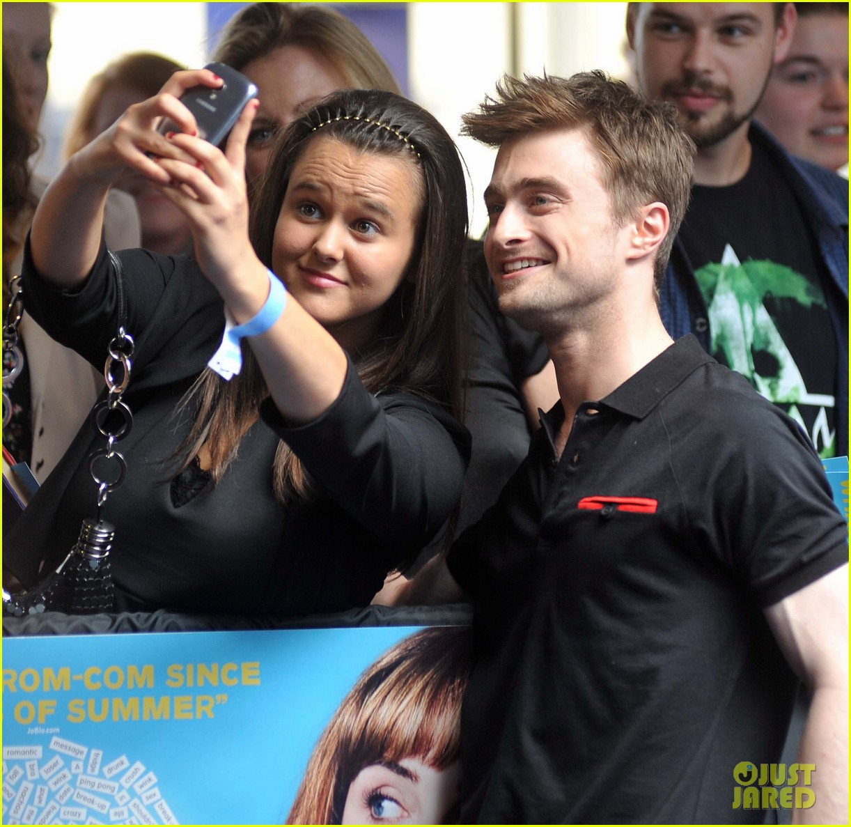 daniel radcliffe pose with fans what if dublin ireland 15