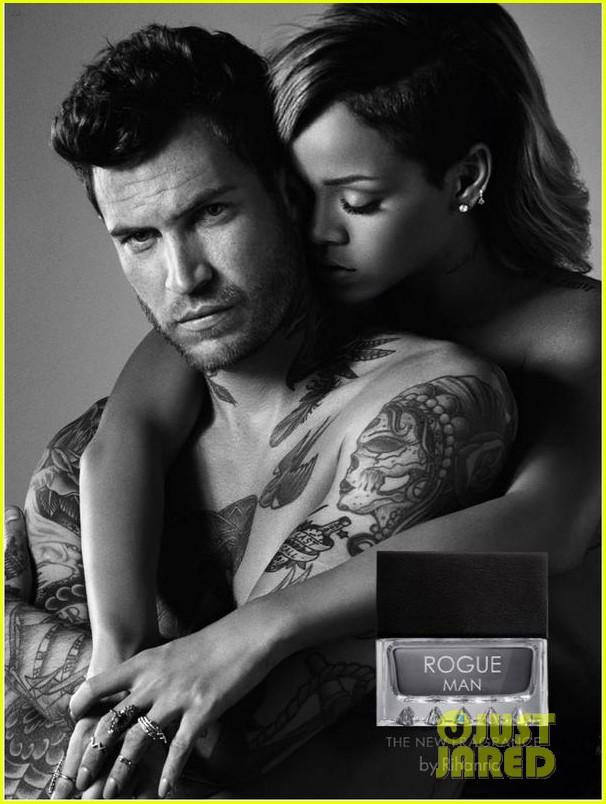 nude ad Rihanna perfume