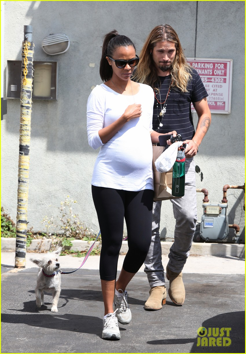zoe saldana preps for baby at moms the word 17
