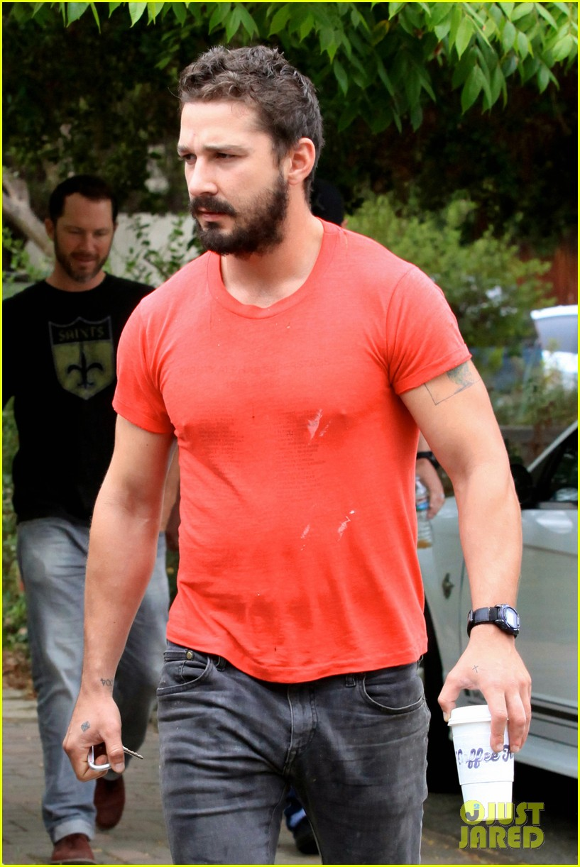 shia labeouf does the ice bucket challenge barely reacts to the water 063180182
