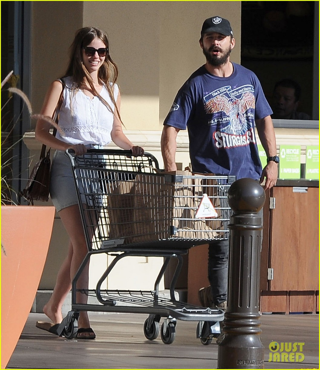 shia labeouf girlfriend mia goth lemonade lunch lovers 06