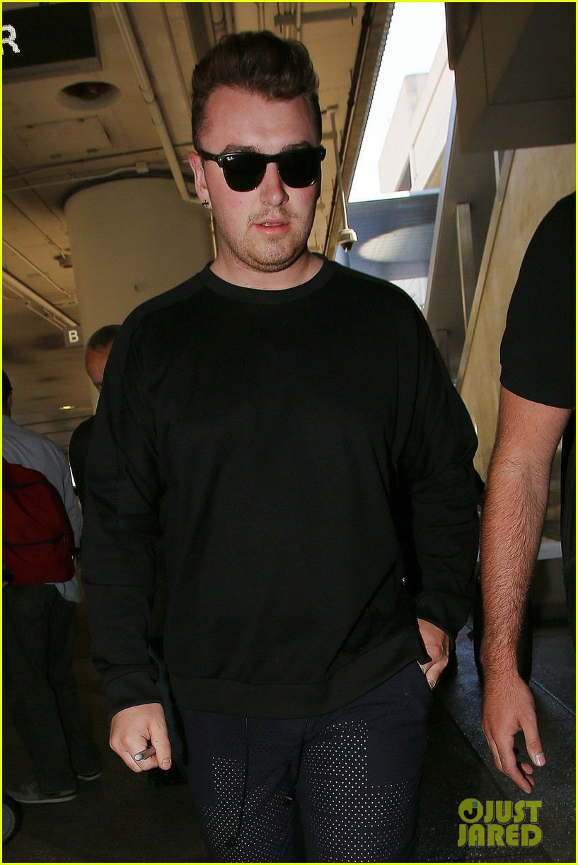 sam smith lands in los angeles for vmas performance 20