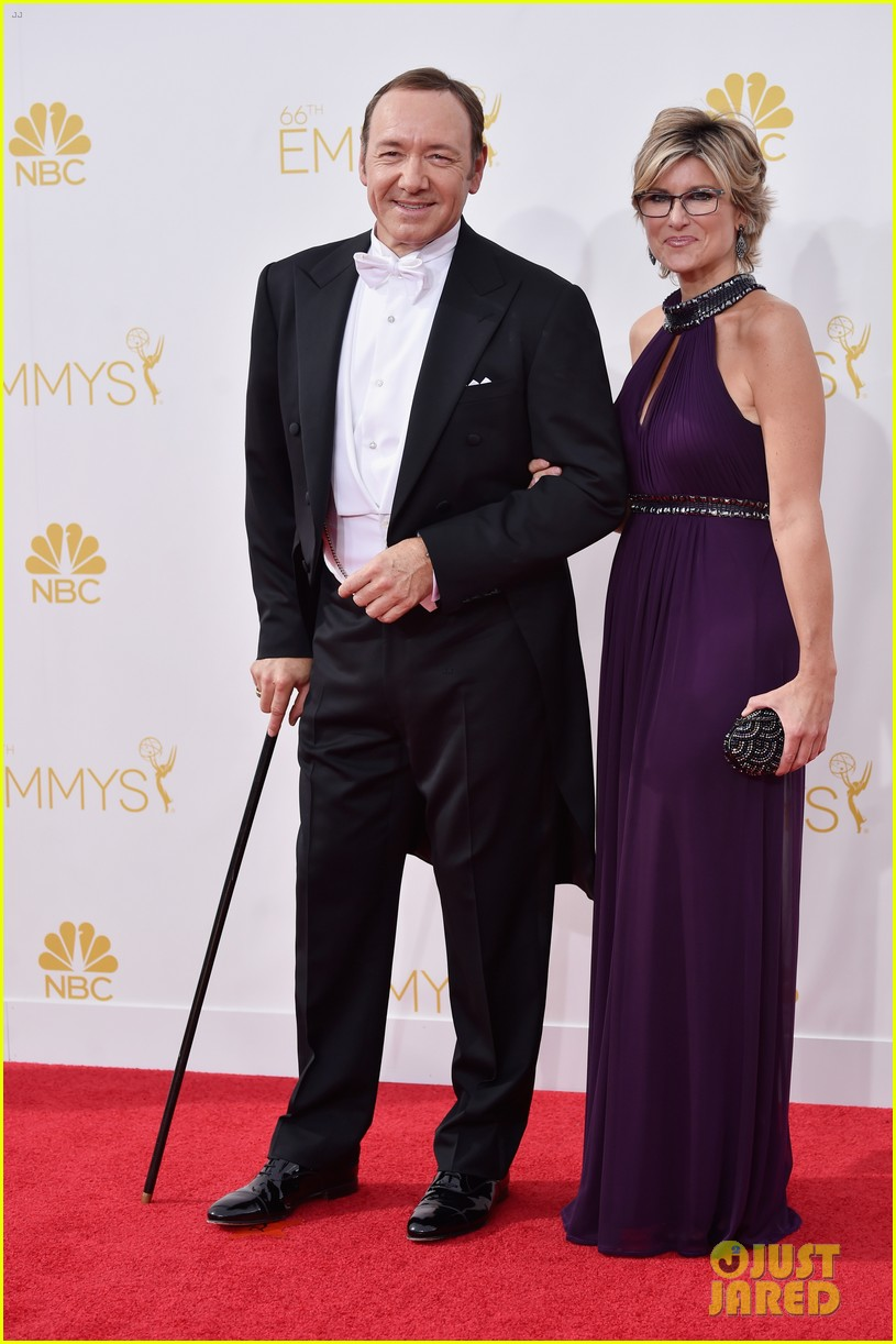 kevin spacey cane emmys 2014 04
