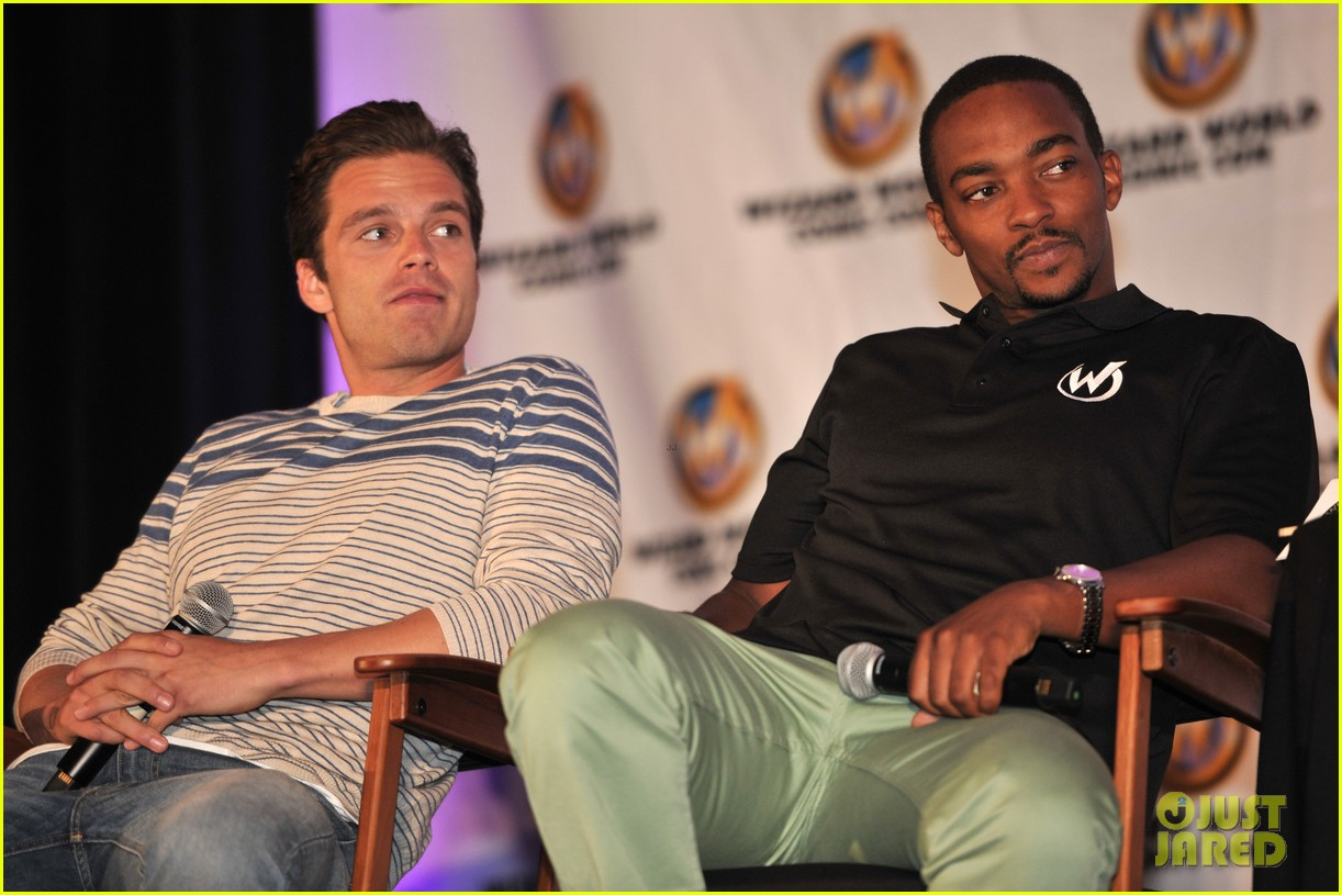 sebastian stan anthony mackie attend wizard world chicago comic con 043182823