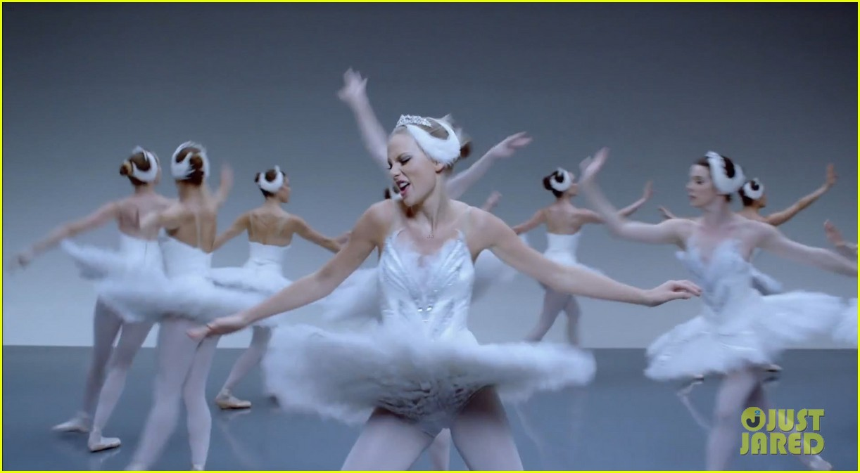 taylor swift shake it off music video 07