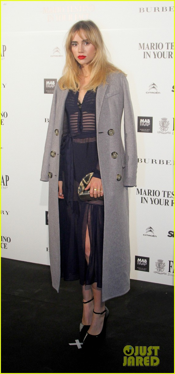 suki waterhouse goes totally sheer for mario testino event 073185917