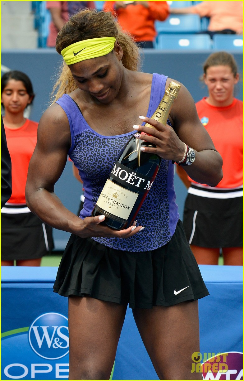 serena williams wins big at western southern open 04