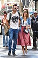 jessica alba cash warren pack on pda in nyc 03