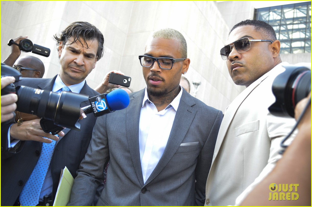 chris brown pleads guilty to dc assault case 023187810