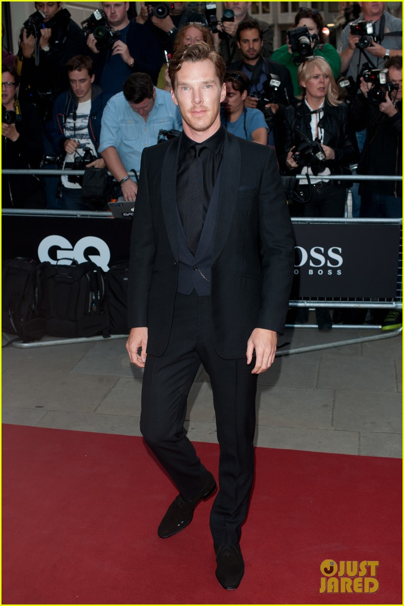 benedict cumberbatch douglas booth gq men of the year awards 2014 07