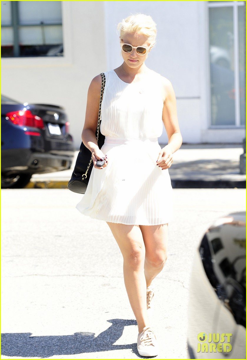dianna agron marilyn monroe new look 033188165