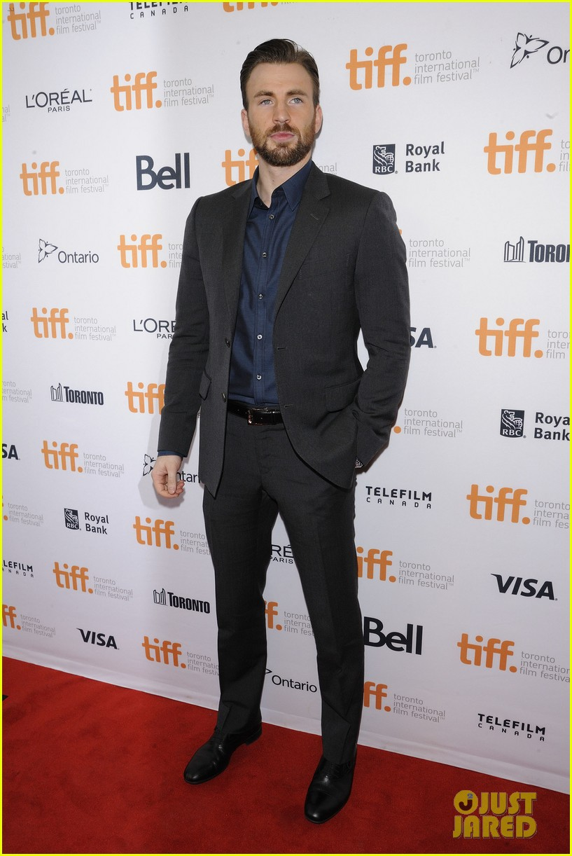 http://cdn03.cdn.justjared.com/wp-content/uploads/2014/09/evans-acquired/chris-evans-before-we-go-tiff-premiere-01.jpg