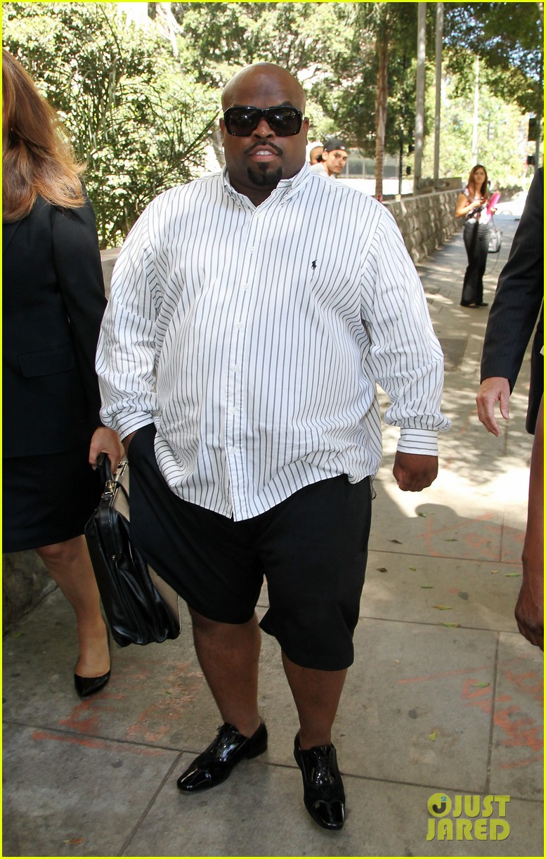 cee lo green tweets controversial views on rape 043187598