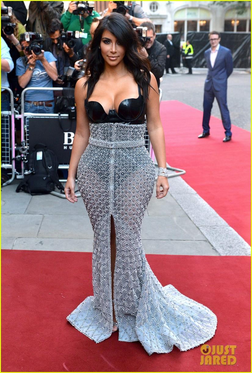 kim kardashian kanye west gq men of the year awards 01