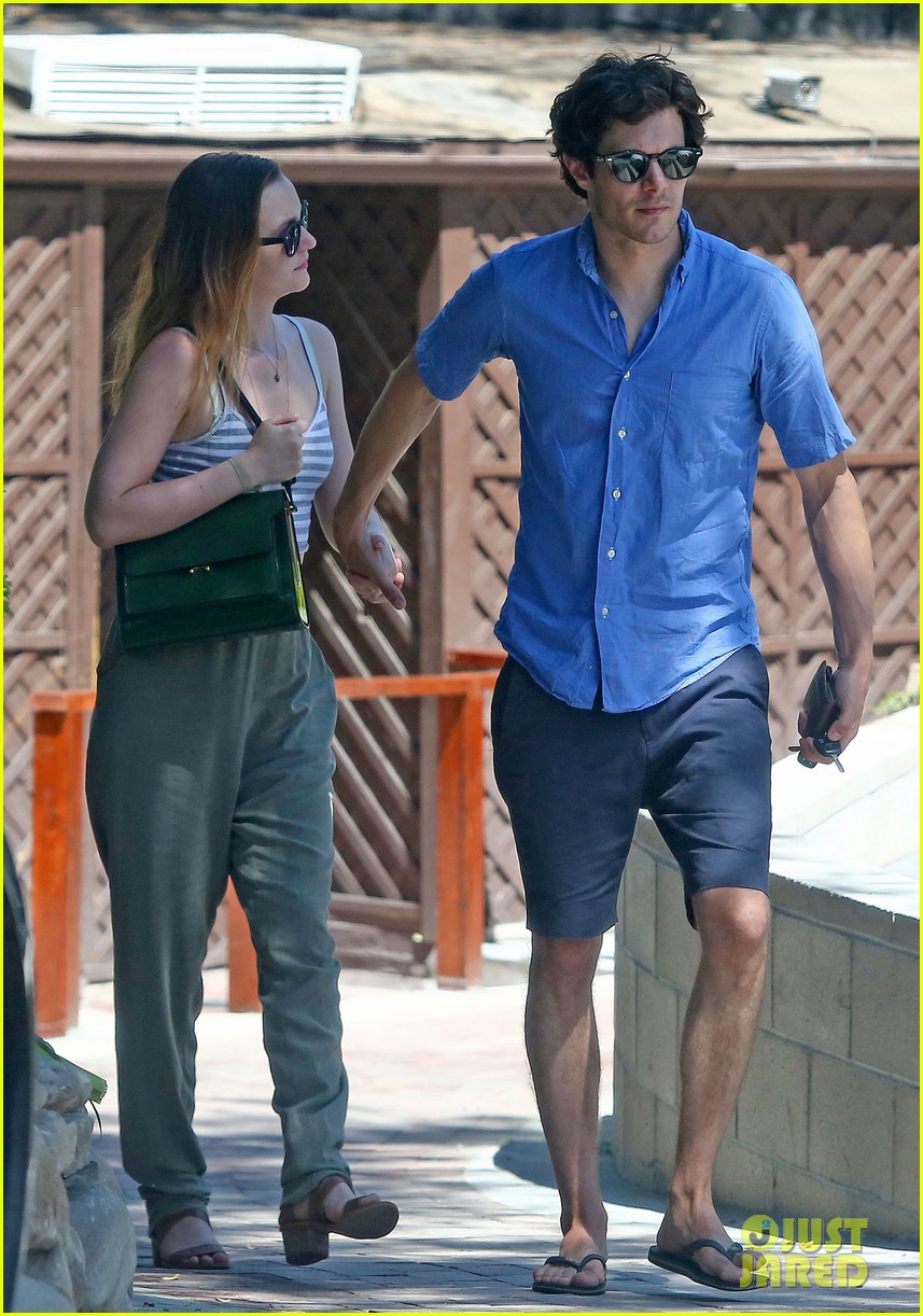 leighton meester adam brody share sweet embrace after lunch 09
