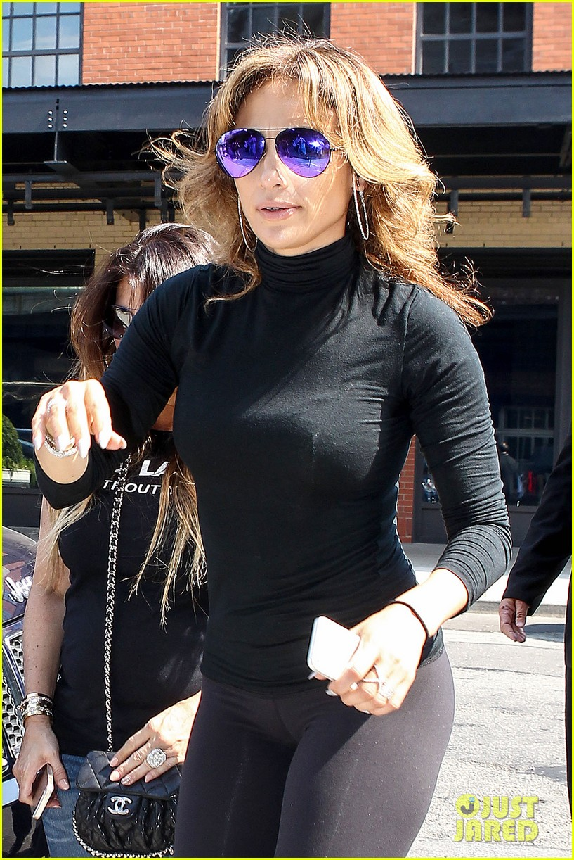 Jennifer Lopez Flaunts Her Best Assets In Nyc Photo