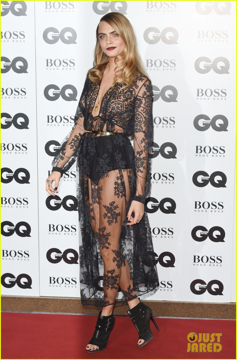 rita ora cara delevingne gq men of the year awards 05