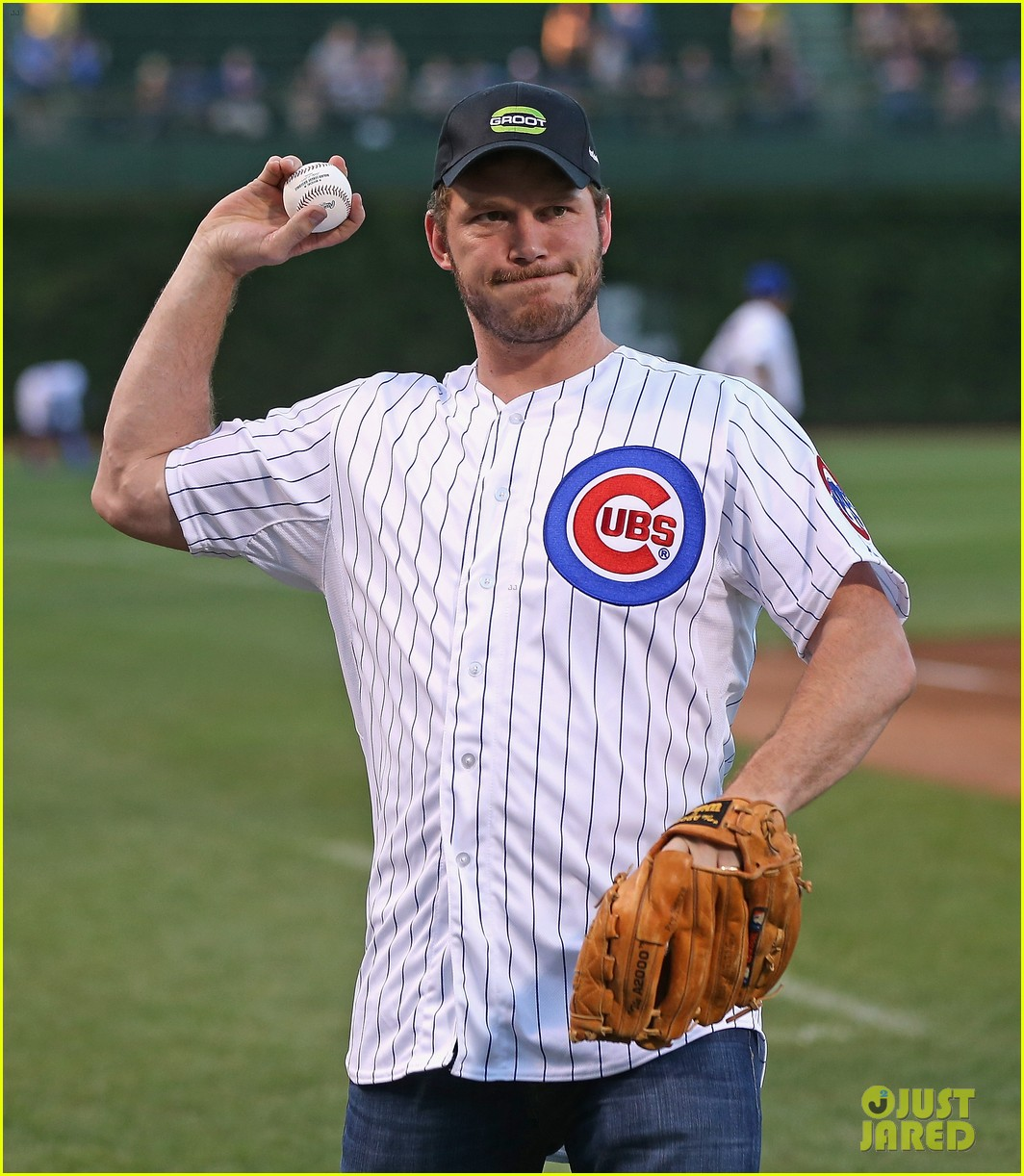 chris pratt chicago cubs game 023189358