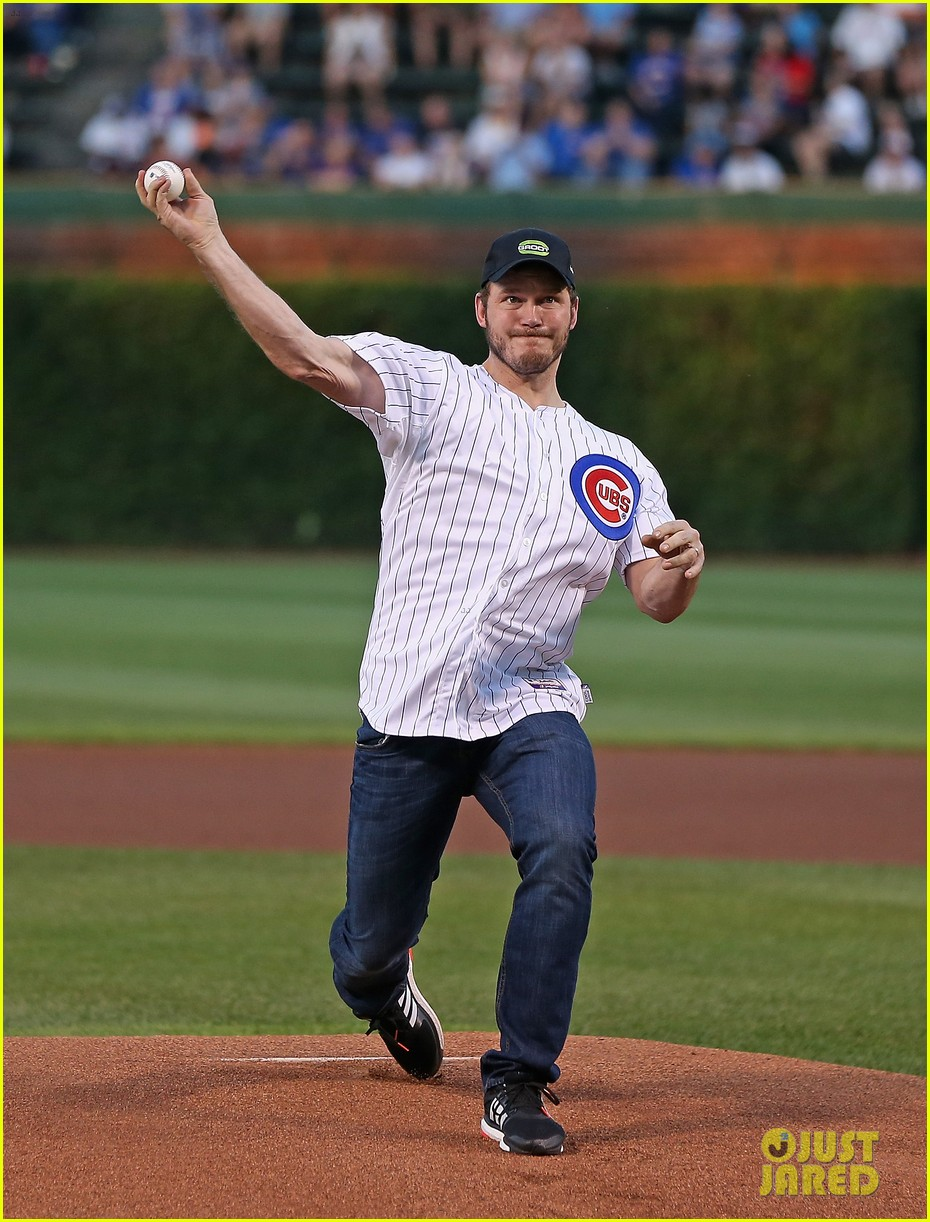 chris pratt chicago cubs game 033189359