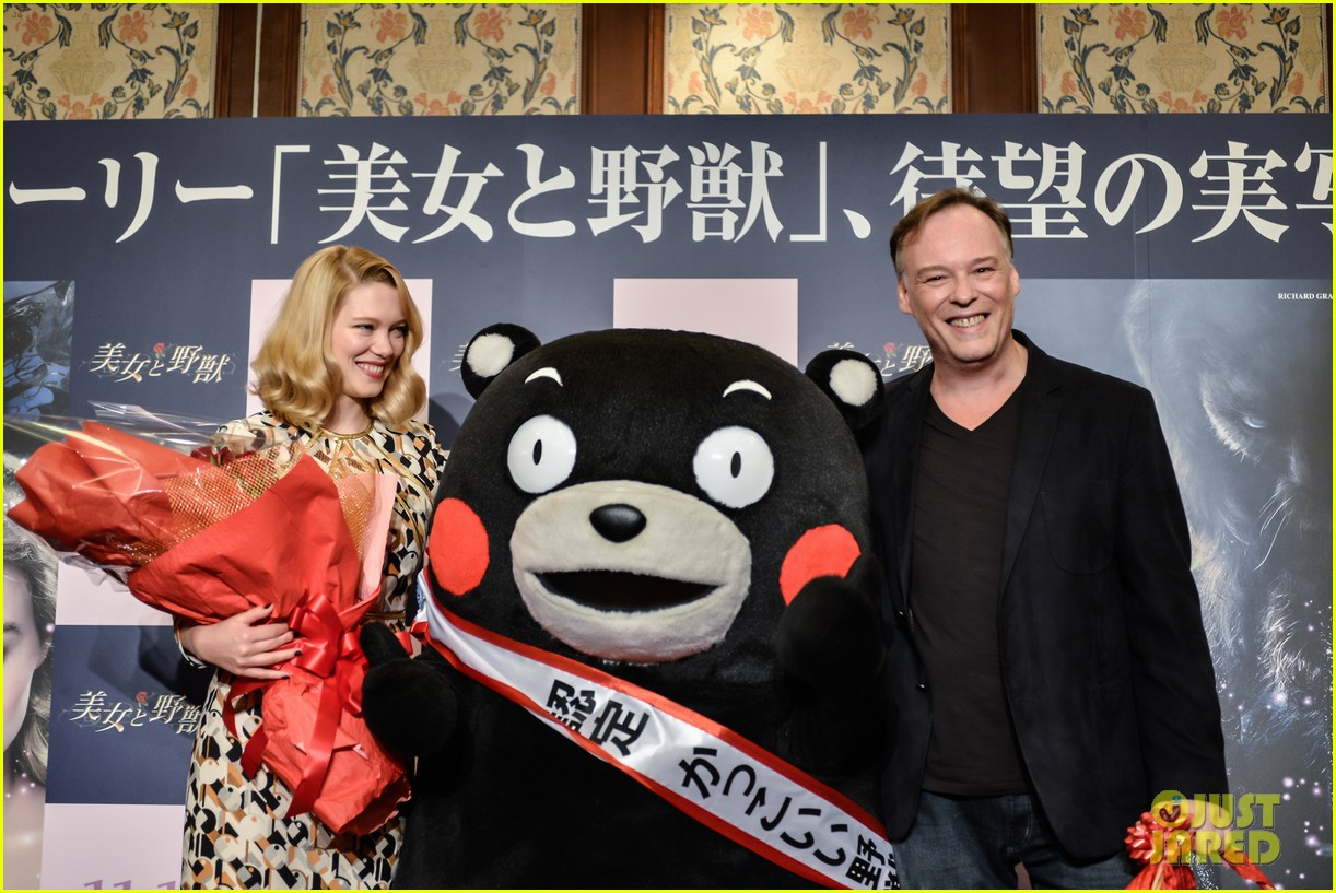 lea seydoux snuggles mascot kumamon at beauty and the beast 103189035