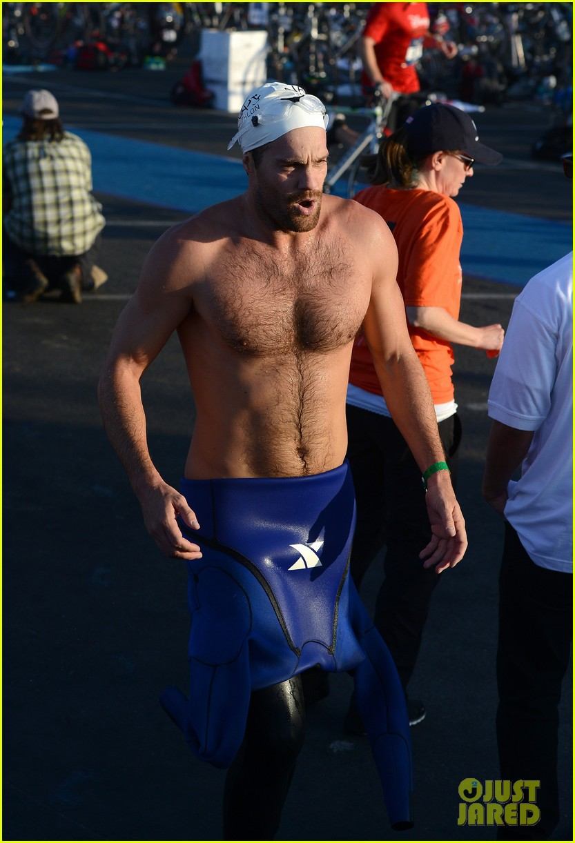 geoff stults colin egglesfield shirtless nautica triathlon 21