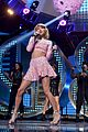 taylor swift iheartradio music festival performance video 16