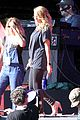 carrie underwood small baby bump for global citzen festival soundcheck 13