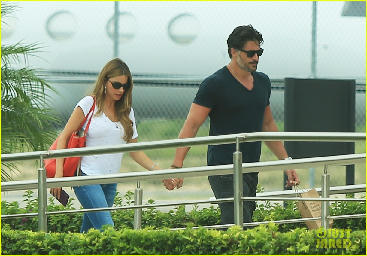 sofia vergara joe manganiello hold hands after romantic getaway 173187680