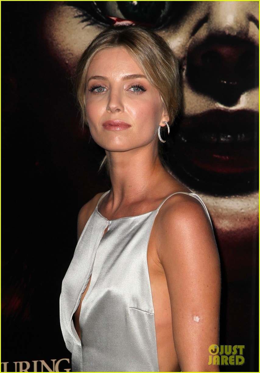Annabelle wallis glows at annabelle hollywood premiere photo
