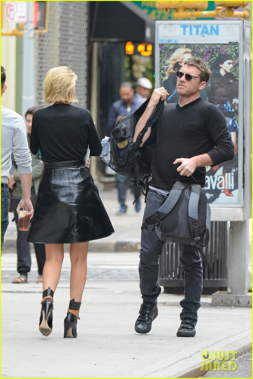 Full Sized Photo Of Sam Worthington Lara Bingle Step Out